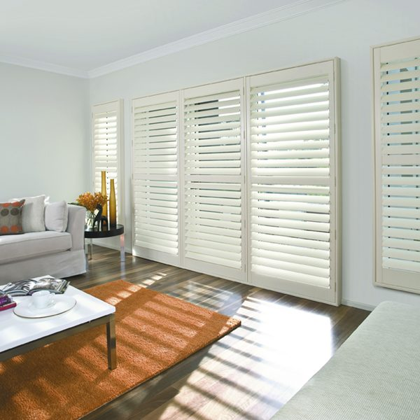 Luxaflex Countrywoods Shutters  (9) LR
